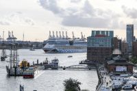 Images:Hamburg Cruise Days 2019 by day